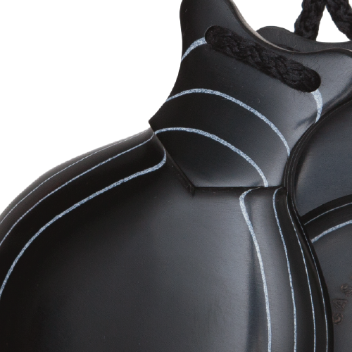 Detalle Castañuelas Profesionales de Fibra Negra Veteada Blanca